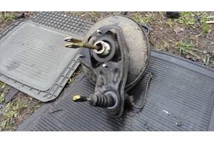 б/у Усилители тормозов Volkswagen Passat B3
