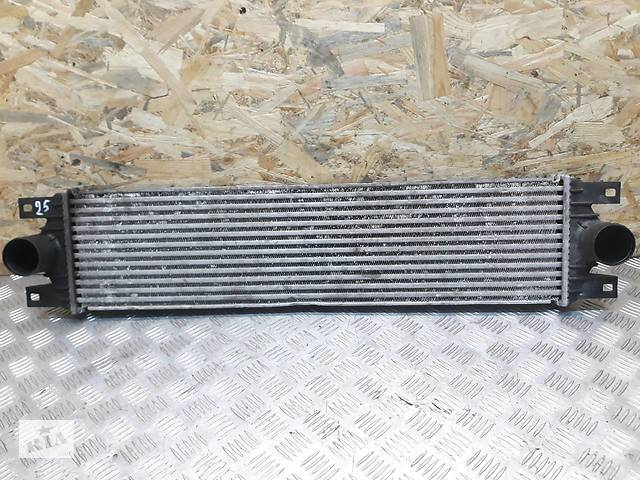 бу Б/у Интеркулер / радиатор интеркулера для Opel Movano в Луцке