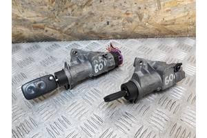 б/у Замки зажигания/контактные группы Volkswagen Multivan