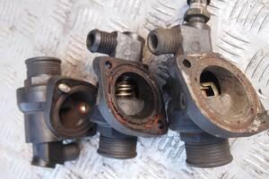 Б/в корпус термостата для Ford 1998рв на форд транзит мотор 2.5д тд корпус з термостатом ціна 500гр оригінал гарантія
