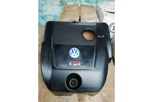 Б/в кришка мотора для Volkswagen Golf IV 2002. 1.9сді.