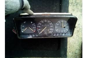 Б/в панель приладів/спідометр/тахограф/топограф для Volkswagen Passat B3