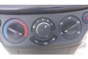 Блоки управления печкой/климатконтролем Chevrolet Aveo
