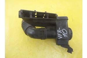 Citroen C3 Picasso 2009- резонатор воздуха труба приемная 9682647680