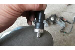Датчик давления тормозной жидкости для Mercedes Benz W220 S-Klasse 1998-2005 б/у