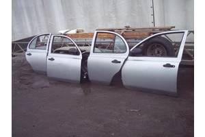 Двери передние Nissan Micra