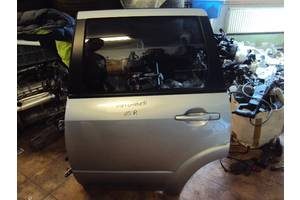 Двери задние Mitsubishi Outlander