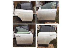 Двери задние Toyota Rav 4