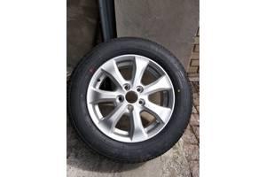 Новые диски с шинами Toyota Camry