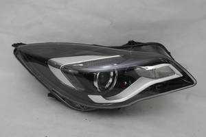 б/у Фары Opel Insignia