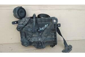 Fiat Qubo Fiorino 07 - полка подставка акб аккумулятора 51882375