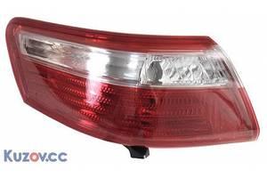 Нові ліхтарі задні Toyota Camry
