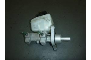 б/у Главные тормозные цилиндры Renault Duster