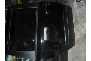 Двери задние Kia Carnival