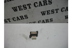 Б/У Кнопка керування положенням сидіння водія IS 2006 - 2012 937-1A58. Вперед за покупками!