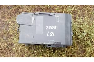б/у Корпуса под аккумулятор Peugeot 2008
