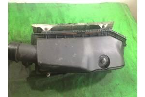 Корпус повітряного фільтра mercedes w203 2.2d