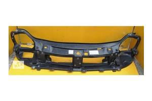 б/в кріплення фар Renault Trafic