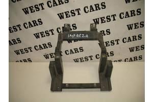 Б/У Кріплення центральній консолі Impreza 2007 - 2011 66204xa00a. Вперед за покупками!