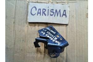 Кронштейны Mitsubishi Carisma