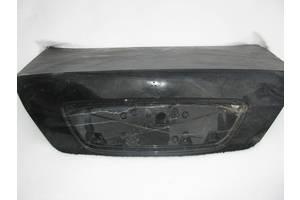 Крышки багажника Mercedes 220