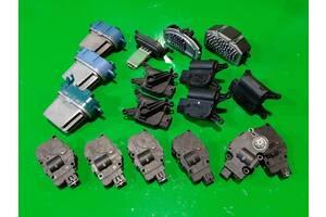 Моторчик сервопривода печки + реостат печки Volkswagen Touareg