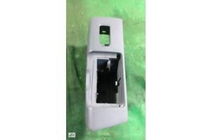 Накладка кнопки склопідйомника задній лівий lexus gs300