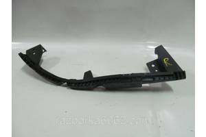 Направляющая под фару правая Subaru Impreza (GH) 07-13 (Субару Импреза ГХ)