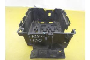 Peugeot 207 06 - подставка кронштейн площадка акб 9655321380