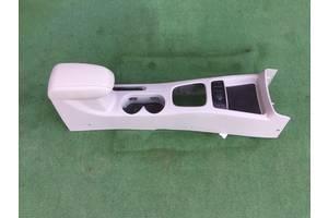 б/в Внутрішні компоненти кузова Kia Cerato