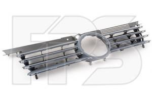 Решетка радиатора VW Bora 99-05 черная, комплект (FPS) 1J5853651L
