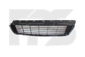 Решетка в бампере Toyota Yaris (11-15) черная 5311252260