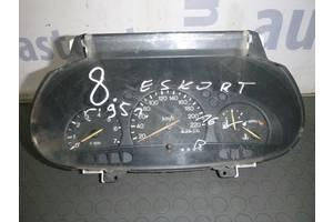 б/у Панели приборов/спидометры/тахографы/топографы Ford Escort