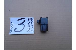 б/в Реле й датчики Subaru Outback