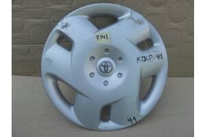 Toyota Auris Yaris Corolla колпак колеса r15 оригинал