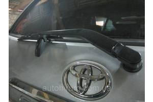 б/у Дворники Toyota Sequoia