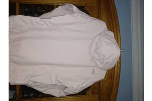 Жіночий верхній одяг