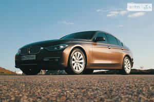 BMW 320 Modern Line 2012