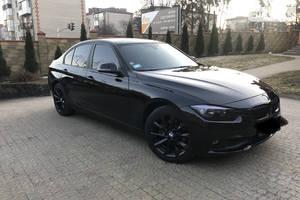 BMW 320    F30 M sport  2017