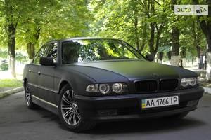 BMW 750 V8 3.0 1996