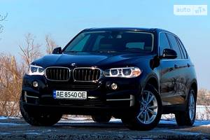 BMW X5  OFFICIAL 2018 2017