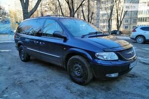 Chrysler Grand Voyager 3.3 AWD Limited 2002