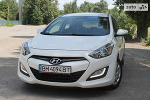 Hyundai i30 1.4d full Navi 2013