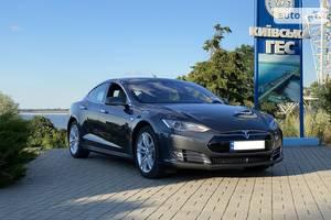 Tesla Model S 90D ideal  2016