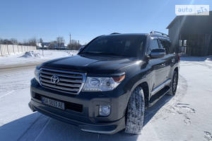 Toyota Land Cruiser 200 4.5  2013