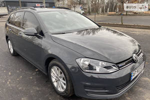 Volkswagen Golf VII 1.0 L Turbo 2015
